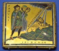 Abb. 3 Die Heilung Naamans im Jordan (Emailschild; 12. Jh.).