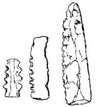Aus: R.A.S. Macalister, The Excavation of Gezer 1902-1905 and 1907-1909, Bd. 3, London 1912, Pl. CXXXVIII, 18-19 und CXXXIX,17 (vgl. Bd. 2, 124)